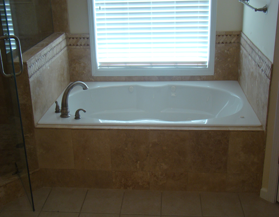 Travertine Jacuzzi Tub Installation, Travertine Installers Alpharetta Ga