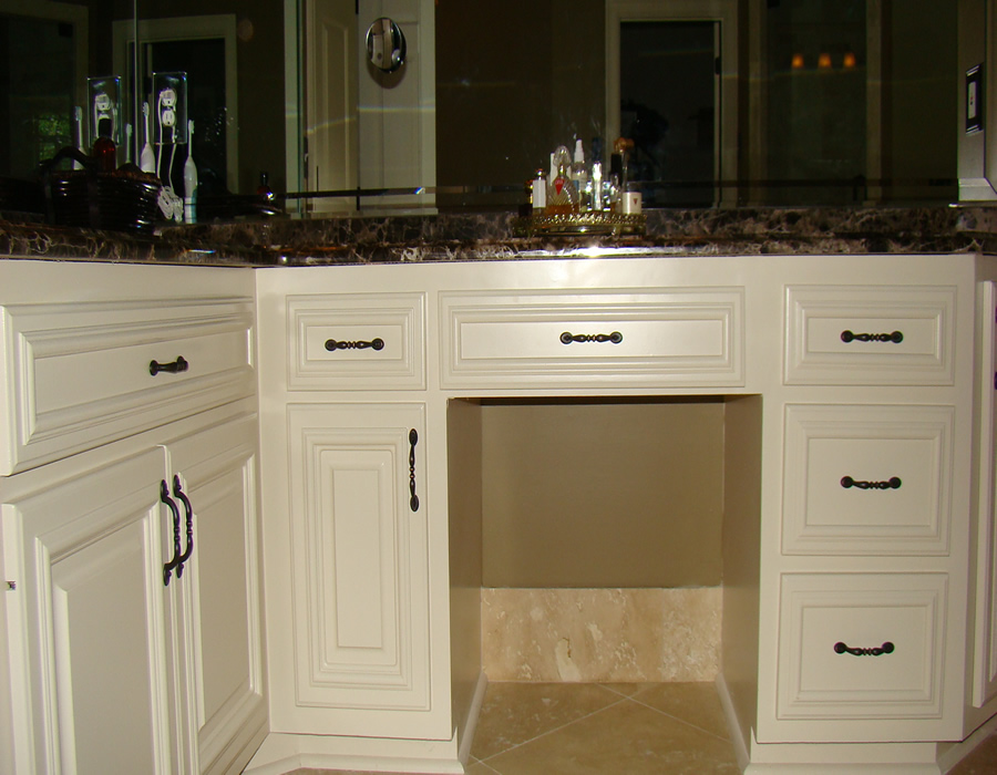 Alpharetta ga custom bathroom and kitchen cabinets and for Cabinets and vanities
